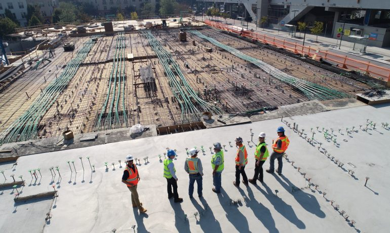 Selecting the right contractor for your construction project
